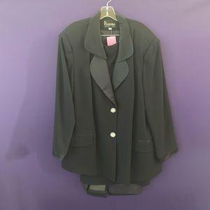 Piradina New York Suit with Skirt